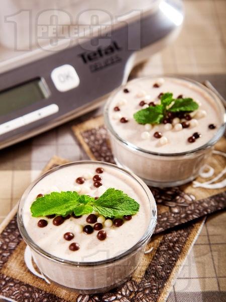 Йогурт с ром и канела - снимка на рецептата